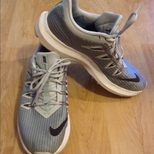 Nike size 8.5 Women's Running Shoes